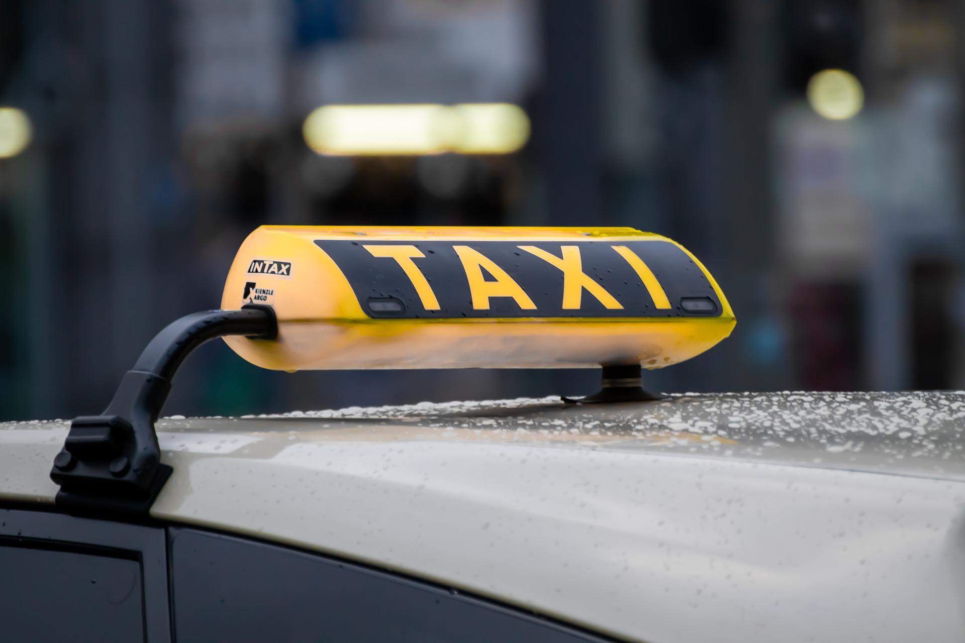 cedule taxi